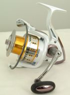 ROVEX CERATEC 4000 FRONT DRAG SPINNING REEL